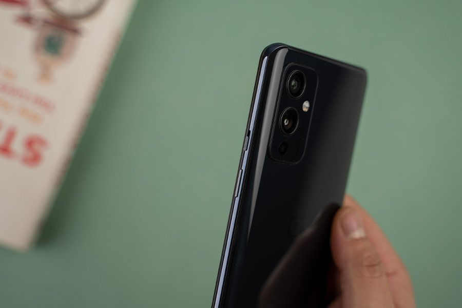 OnePlus 9 Buttons